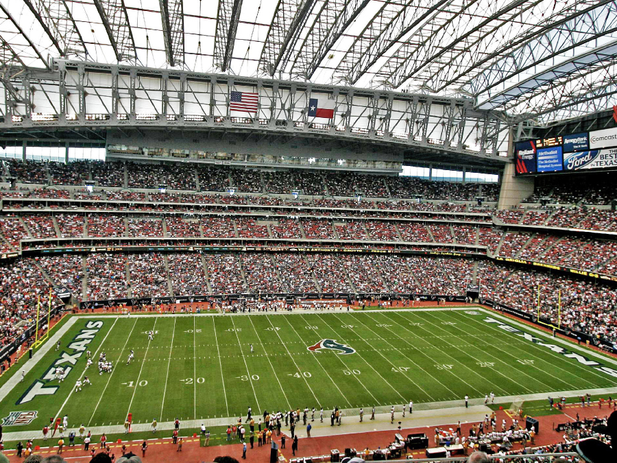 Will The Super Bowl Be Played Under The Roof